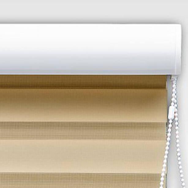 Das Bild zeigt einen Blendschutz von Innenrollos.