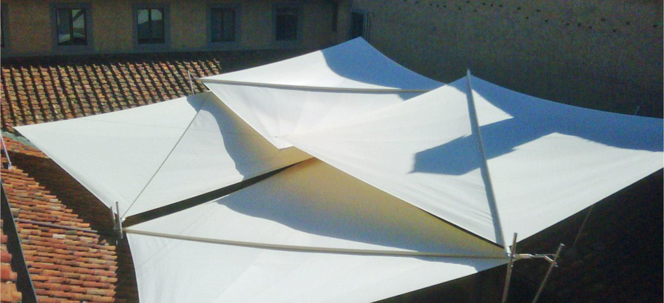 Das Foto zeigt eine Sonderbau-Plafondverschattung.
